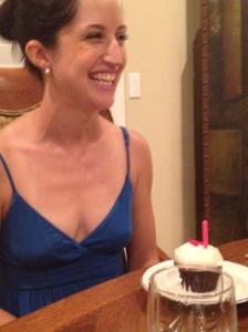 Vegan Sprinkles Cupcake! Red Velvet!