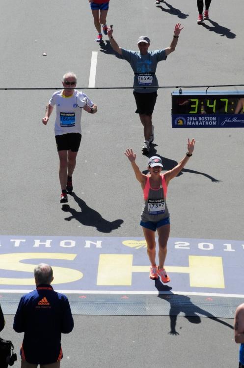 I'm a Boston Marathon finisher!!